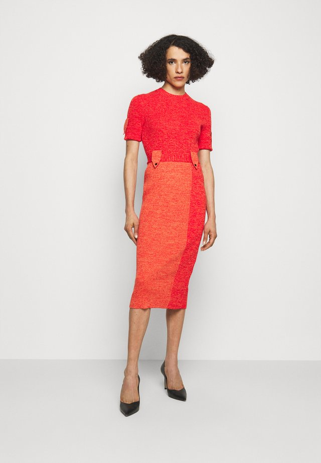 MILITARY UTILITARIAN CREWNECK DRESS - Robe pull - red mouline
