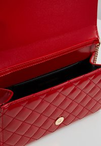 Love Moschino - Across body bag - red - 4