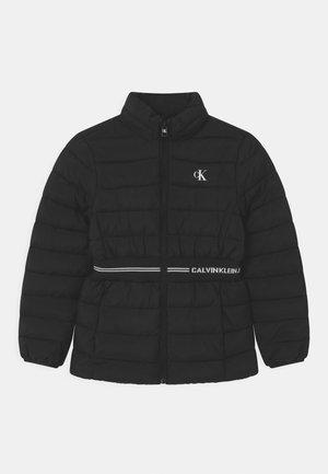 INTARSIA LOGO - Zimní bunda - black