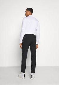 Calvin Klein Tailored - STRETCH PANT - Bukser - perfect black - 2