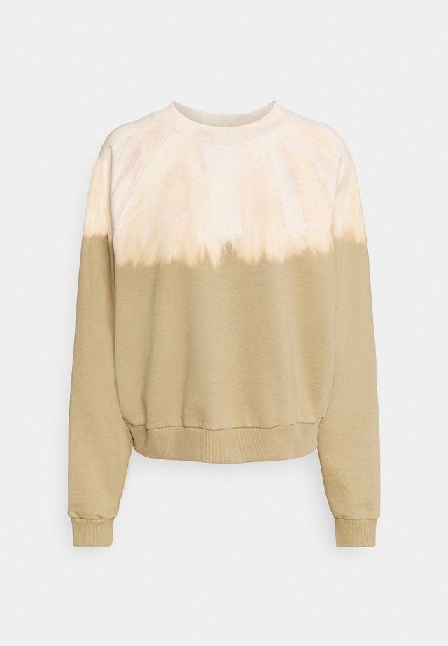 HELLA - Sweater - cornstalk