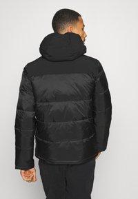 Champion - LEGACY HOODED JACKET - Training jacket - black - 2