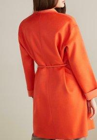 Falconeri - Winter coat - arancio - 1