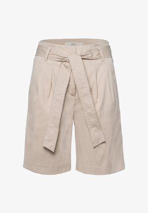 STYLE MILLA B - Shorts - warm sand