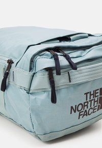 The North Face - BASE CAMP VOYAGER DUFFEL UNISEX - Sac à dos - tourmalineblu/aviatornavy - 4