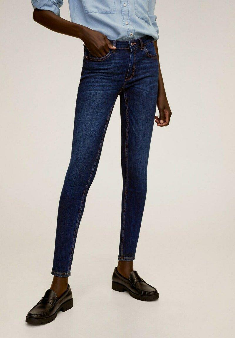 Mango - KIM - Jeans Skinny Fit - donkerblauw