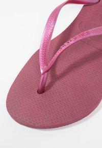 Havaianas - KIDS SLIM - Pool shoes - beet - 6