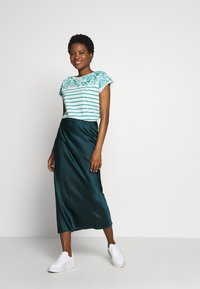 Esprit - STRIPED TEE - Print T-shirt - teal green - 1