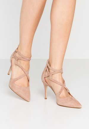 LEATHER HIGH HEELS - Høye hæler - beige