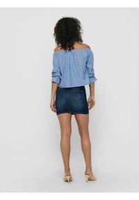 ONLY - ONLMARTHA OFFSHOULDER - Blouse - cashmere blue/cloud dancer - 6
