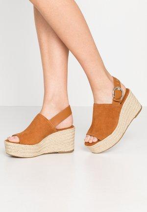 WILD WEDGE - High heeled sandals - rust