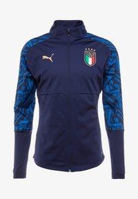 Puma - ITALIEN FIGC PREMATCH AWAY JACKET - Training jacket - peacoat team power blue - 4