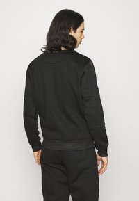Carlo Colucci - DONNAY X CARLO COLUCCI - Sweatshirt - black/gold - 2