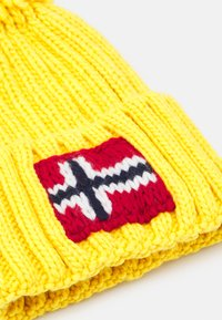 Napapijri - SEMIURY UNISEX - Bonnet - yellow oil - 2