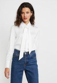 IVY & OAK - Button-down blouse - snow white - 0