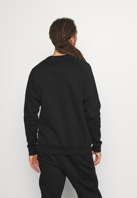 Tommy Hilfiger - LOGO CREW - Sweatshirt - black - 2