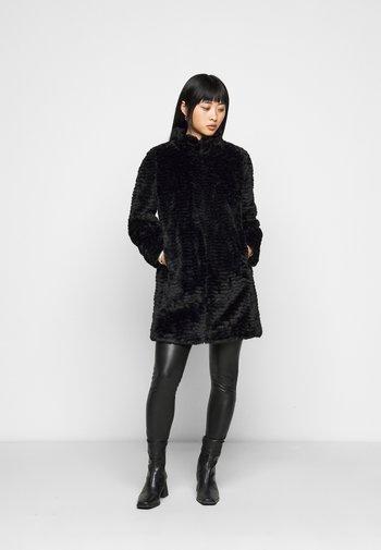 WAVE LONGLINE FUNNEL NECK COAT - Winter coat - black
