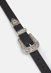 Fire & Glory - FGMADA WAIST BELT CURVE - Waist belt - black/silver - 2