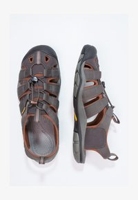 Keen - CLEARWATER CNX - Walking sandals - raven/tortoise shell - 2