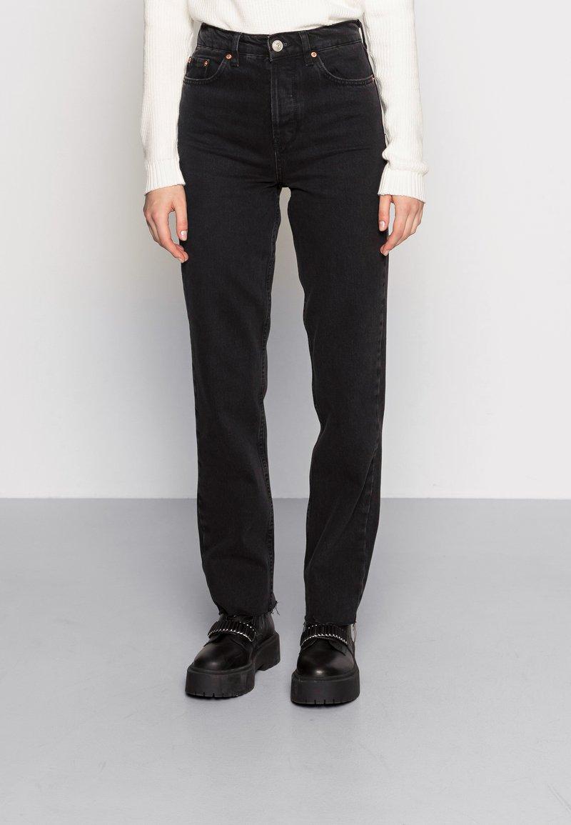 BDG Urban Outfitters - PAX - Džíny Straight Fit - black