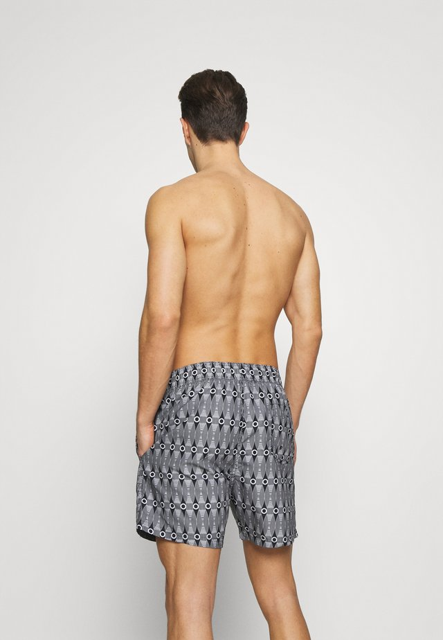SHOAL BAY - Surfshorts - black