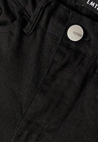 LMTD - Jeans bootcut - black - 2