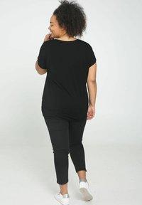 Paprika - Print T-shirt - black - 2