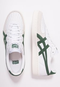 Onitsuka Tiger - GSM - Sneakersy niskie - white/hunter green - 1