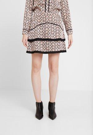 LENA SNAKE - A-line skirt - pumpkin