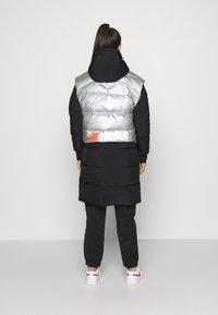 Jordan - Down coat - black/silver - 2