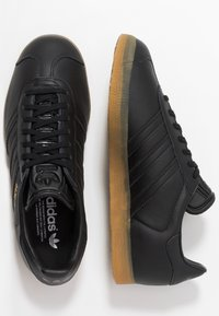 adidas Originals - GAZELLE - Sneakers - core black - 1