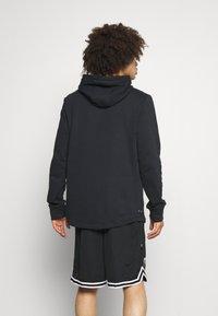 Under Armour - CURRY UNDRTD UTILITY HOODY - Sweatshirt - black - 2