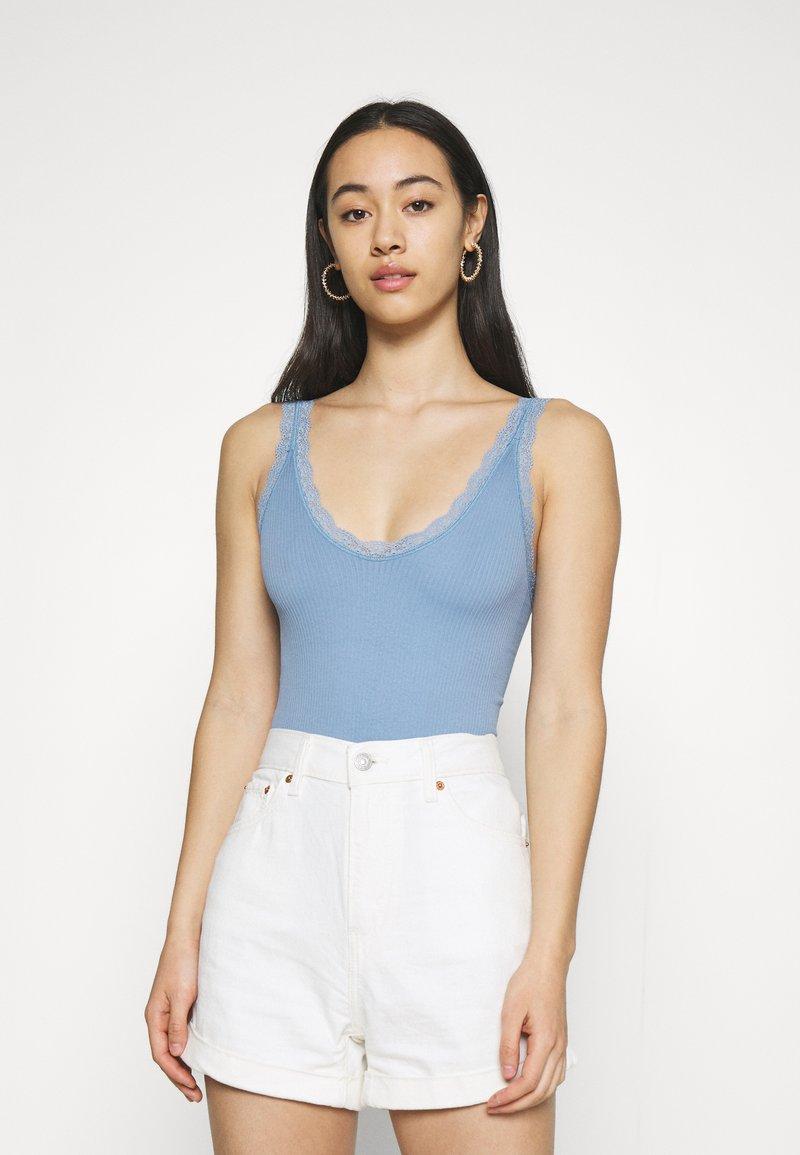BDG Urban Outfitters - GIGI - Top - blue