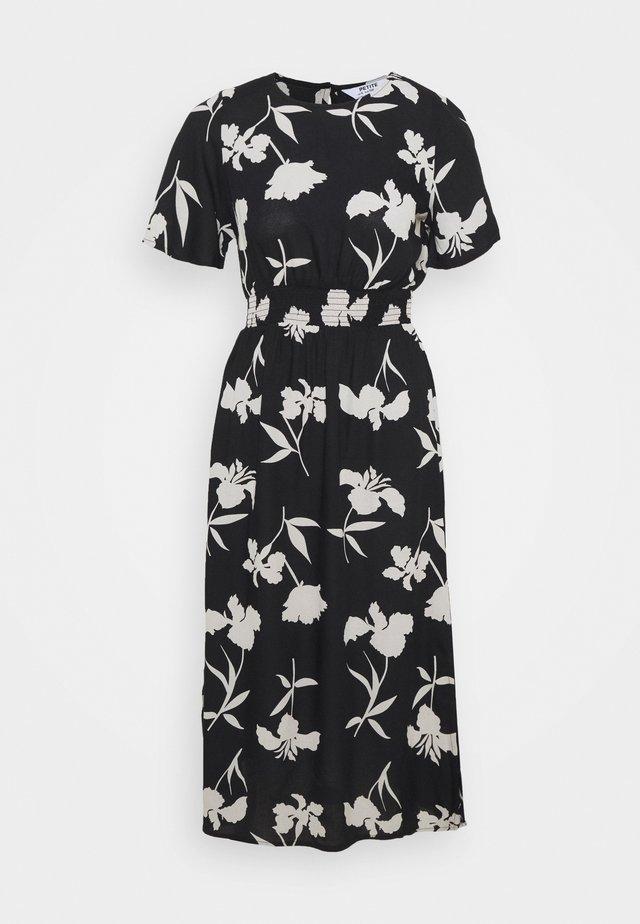 FLORAL SHIRRED MIDI DRESS - Denní šaty - black