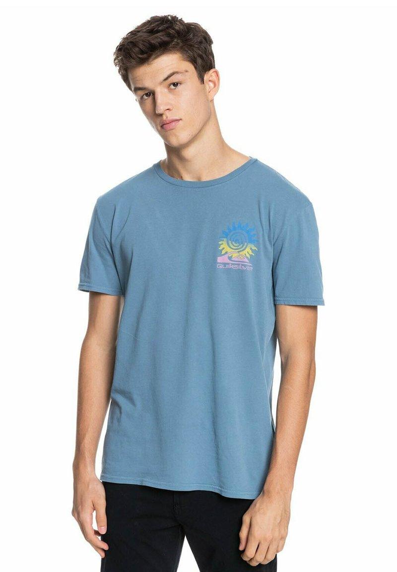 Quiksilver - ISLAND PULSE - Print T-shirt - captains blue