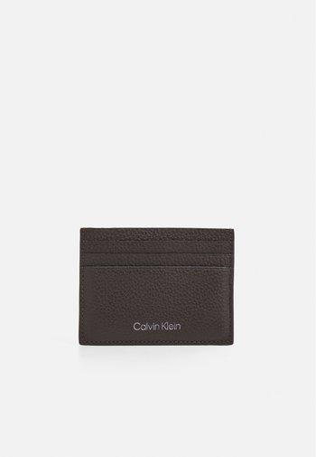 WARMTH CARDHOLDER - Wallet - dark brown