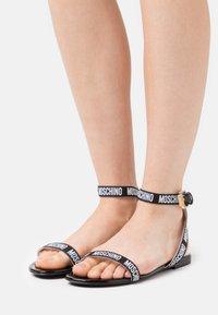 MOSCHINO - Sandals - nero - 0