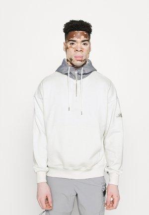 PANEL HOODIE - Sweater - arctic grey