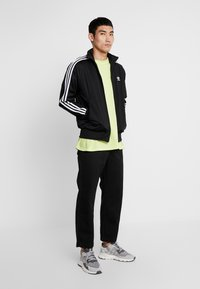 adidas Originals - FIREBIRD ADICOLOR SPORT INSPIRED TRACK TOP - Trainingsjacke - black - 1