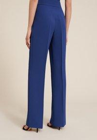 Luisa Spagnoli - OISY - Trousers - blu - 1