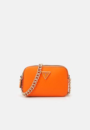 NOELLE CROSSBODY CAMERA - Across body bag - orange
