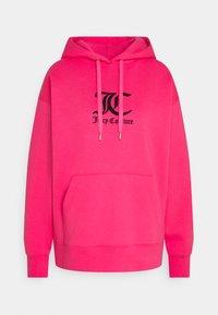 Juicy Couture - QUEENIE - Jersey con capucha - fluro pink - 0