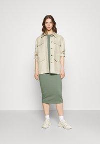 Vero Moda - VMLAVENDER DRESS - Maxi dress - laurel wreath - 1