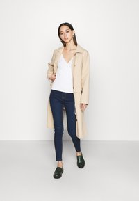 New Look - LIFT AND SHAPE - Jeggings - blue - 1