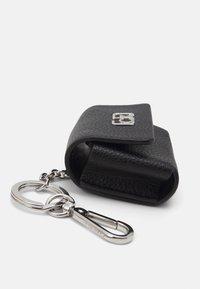Calvin Klein - IPOD AIR DANGLE - Keyring - black - 3