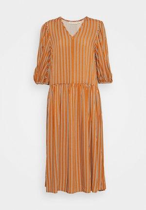 VIKSA LONG DRESS - Sukienka letnia - honey