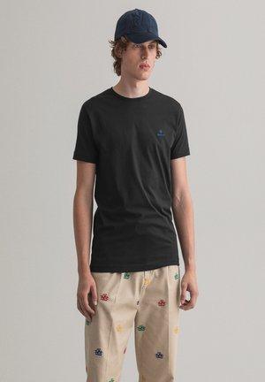 CONTRAST - Basic T-shirt - black