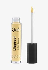 Sleek - LIFEPROOF COLOUR CORRECTOR FLUID - Concealer - banana brightening - 0