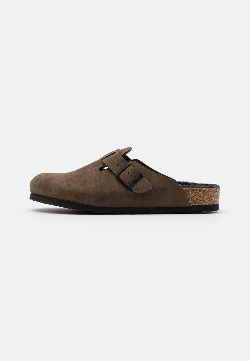 Birkenstock - BOSTON UNISEX - Slippers - dusty concrete gray