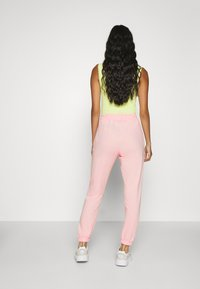 Missguided - BASIC JOGGERS 2 PACK - Tracksuit bottoms - pink/grey - 3